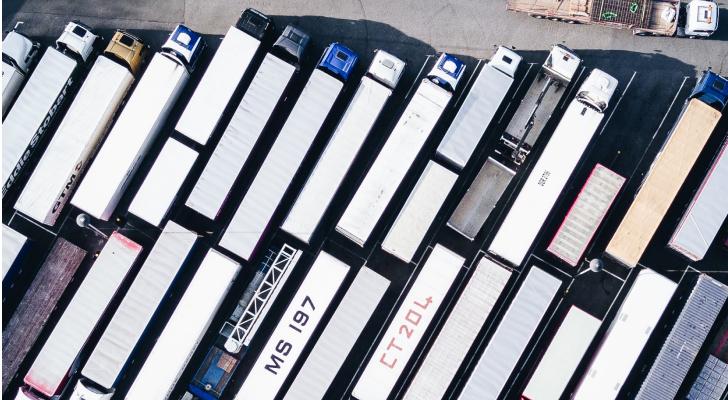 Locação de caminhões: quando vale a pena?
